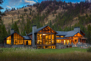 Contemporary Montana luxury property